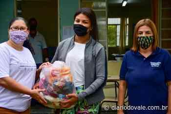 Famílias de alunos de Resende recebem quase 400 toneladas de alimentos - Diario do Vale
