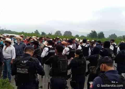 Bloquea SSP a campesinos en Loma Grande, pedían liberación de juez - lasillarota.com