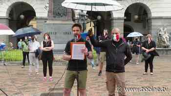 Quarto flash mob di protesta in piazza Chanoux - Bobine.tv
