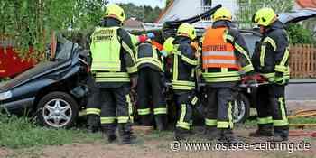 Schwerer Unfall in Zinnowitz: Vier Schwerverletzte bei Crash in Trassenheider Straße – OZ - Ostsee Zeitung