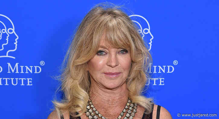 Goldie Hawn Says She Cries 'Three Times a Day' While Under Quarantine