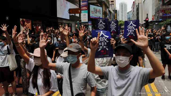 Hong Kong stocks extend slide on China concerns – Aljazeera.com