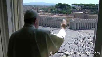Feligreses vuelven a la plaza de San Pedro para la bendición papal - Telemundo Utah