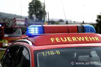 Feuerwehr: Mann (65) will mit Bunsenbrenner Unkraut entfernen: Hecke in Pfronten gerät in Brand - Pfronten - all-in.de - Das Allgäu Online!