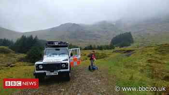 Lost hillwalkers 'met by police' after Argyll rescue