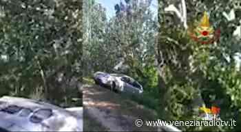Chioggia, auto esce di strada e si inabissa nel fiume Brenta - Televenezia