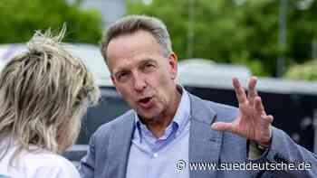 Stefan Homburg: Universitätsleitung distanziert sich - Süddeutsche Zeitung