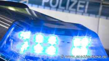 Auto in Juwelierladen: Polizei sucht nach mehreren Tätern - Süddeutsche Zeitung