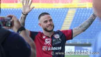 Nandez si gode il giorno libero a Cala Gonone – FOTO - Cagliari News 24