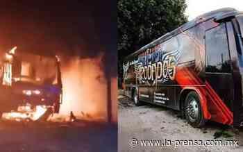 """Prenden fuego a autobús del grupo musical """"Apodados"""" en Iguala - La Prensa"""