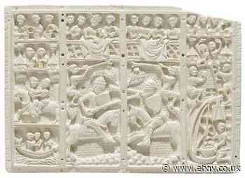 Medieval Museum Replica -14th Century French Artefact - Wall Decoration (Raisin)