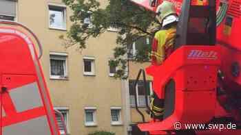 Feuerwehr löscht Feuer in Pfullingen: Fettexplosion in der Römerstraße - SWP