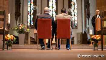Erster Segnungsgottesdienst für schwules Paar in württembergischer Landeskirche - SWR
