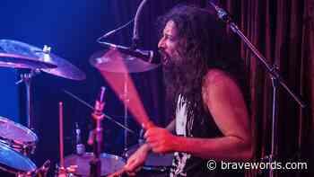 COSMIC ROVER Feat. Former PANZER Drummer EDSON GRASEFFI Release Spitting Fire Album - bravewords.com
