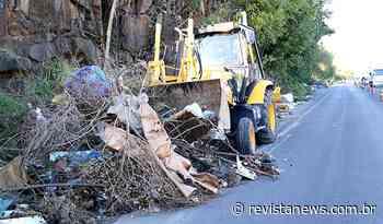Prefeitura de Esteio recolhe lixo na Vila Pedreira — Revista News - Revista News