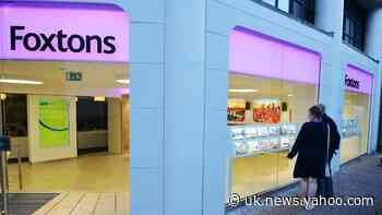 Foxtons estate agents to restart viewings – with masks, gloves and sanitiser