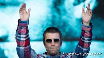 Liam Gallagher and Mark Owen to lead doorstep sinaglong