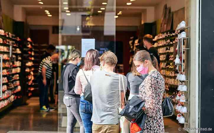 """Nach """"beispiellosem Absturz"""" im April: GfK sieht leichte Erholung des Konsumklimas"""