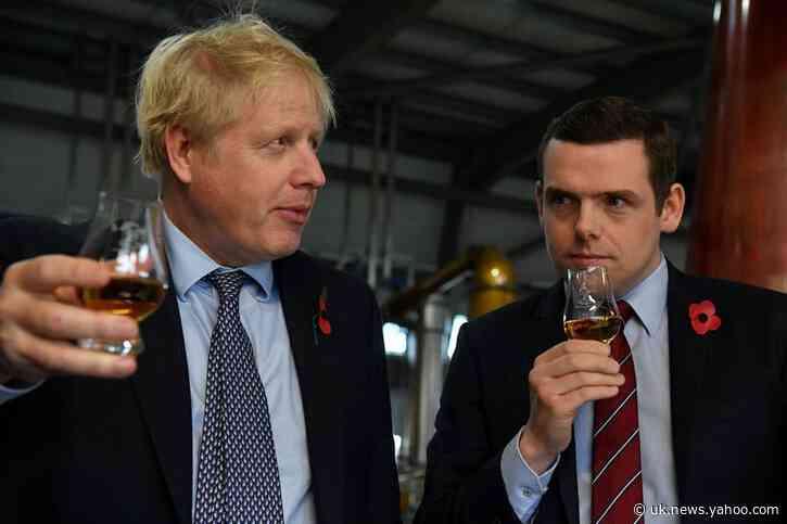 UK junior minister resigns over PM adviser's lockdown drive