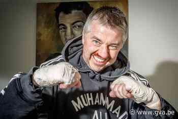 Striptekenaar Charel Cambré smokkelt legendarische bokser in... (Herenthout) - Gazet van Antwerpen