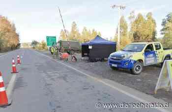 Linares: Balance arroja más de mil vehículos fiscalizados el fin de semana largo - Diario El Heraldo Linares