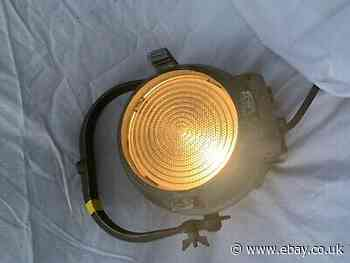 Strand Electric PATT 123 Vintage Fresnel Theatre light 3of3 (Yellow Tag)