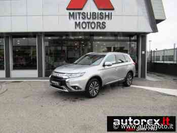 Vendo Mitsubishi Outlander 2.0 2WD CVT Insport SDA nuova a Olgiate Olona, Varese (codice 7524176) - Automoto.it