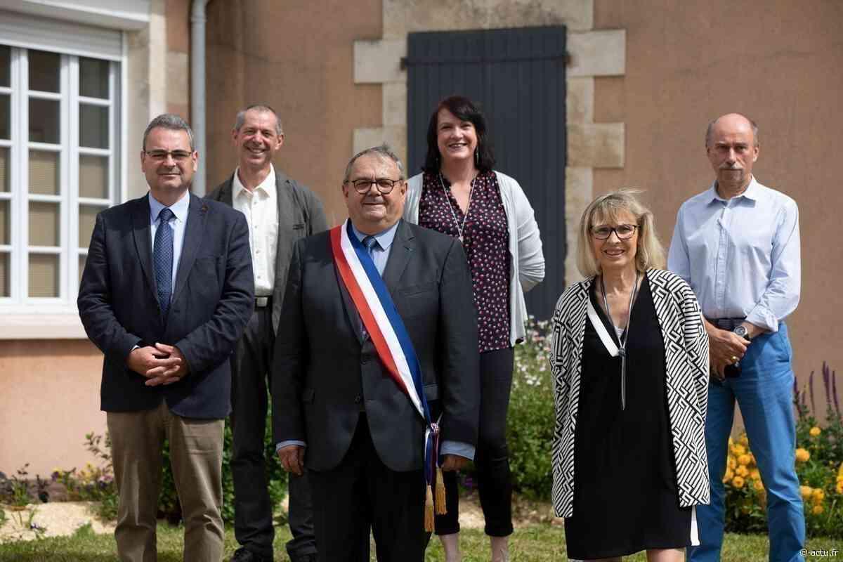 Vendée : Christian Aimé renfile son écharpe de maire à Moutiers-les-Mauxfaits - actu.fr