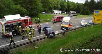 Schwerverletzter und hoher Sachschaden nach Unfall auf B 51 nahe Stadtkyll - Trierischer Volksfreund