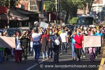 A cacerolazos, comerciantes protestan en Uruapan contra medidas por COVID-19 - La Voz de Michoacán
