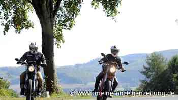 Verhalten im Stau: Dürfen Motorradfahrer Rettungsgassen benutzen?