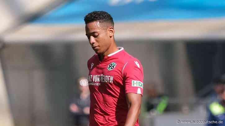Dennis Aogo sieht HSV gegen Stuttgart leicht im Vorteil - Süddeutsche Zeitung