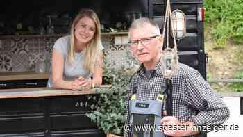 Vom alten Pferdeanhänger zur Bar in Ense | Ense - soester-anzeiger.de