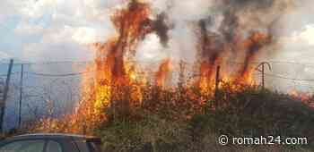 Via Calcinaia, incendio ai margini della strada. Questo il video - Trieste-Salario - romah24.com