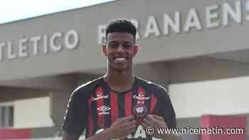 Le Brésilien Robson Bambu a choisi de s'engager avec l'OGC Nice