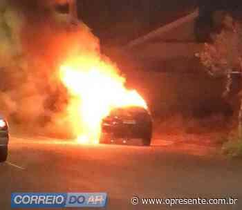 Incêndio destrói veículo nas proximidades do Lago Municipal de Palotina - O Presente