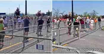 A Massive Line Formed Outside The IKEA Boucherville Today In The Intense Heat (VIDEO) - MTL Blog