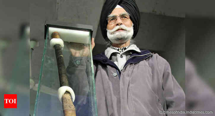 Give due recognition to Balbir Singh Sr: Former hockey players to govt - Times of India