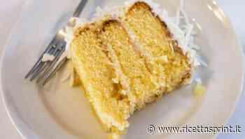 Poke cake alla crema al limone e cocco | un tocco di freschezza gustosa - RicettaSprint