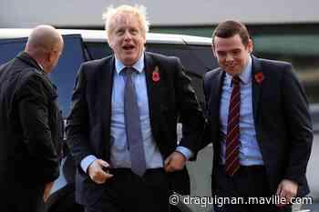 Un ministre britannique démissionne après la polémique autour de Dominic Cummings - maville.com