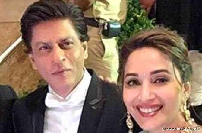 Shah Rukh Khan heaps praises on Madhuri Dixit for 'Candle'