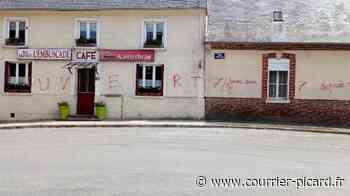 Des tags sur la devanture du café et une habitation de Senlis-le-Sec - Courrier Picard