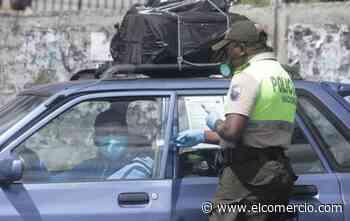 Dos policías y un funcionario público de Latacunga dieron positivo a covid-19