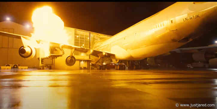 Christopher Nolan Bought a Real Boeing 747 Plane To Blow Up For 'Tenet'