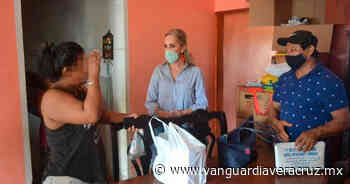 Entrega DIF apoyos para mejorar la salud de personas enfermas en Tlapacoyan - Vanguardia de Veracruz
