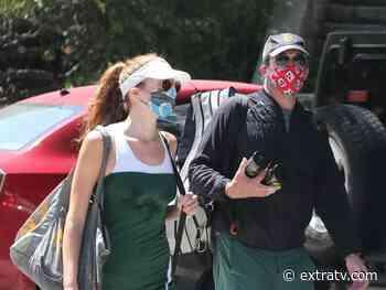 Is Jon Hamm Dating 'Mad Men' Co-Star Anna Osceola? - Extra