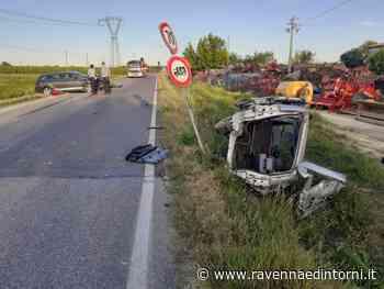 Lugo: scontro fra tre auto all'incrocio, un morto e due feriti lievi - Ravenna e Dintorni
