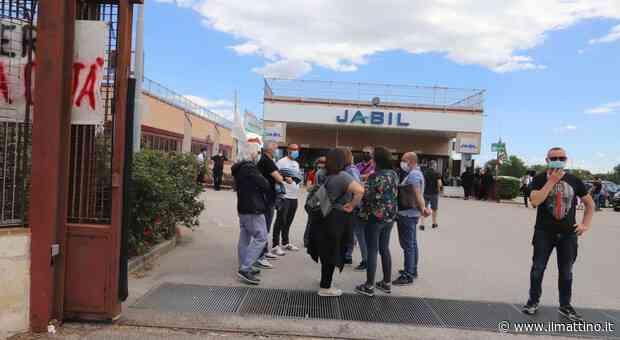 «Jabil, tagli fuorilegge»: la rabbia degli operai di Marcianise - Il Mattino