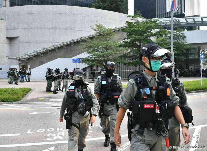Protests Dwindle, Police Arrest Nearly 300: Hong Kong Update