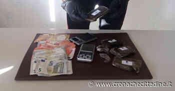 Nettuno. A spasso su un'auto rubata con targhe false. In casa 4 etti di hashish. 21enne nordafricano arrestato dai Carabinieri - Cronache Cittadine